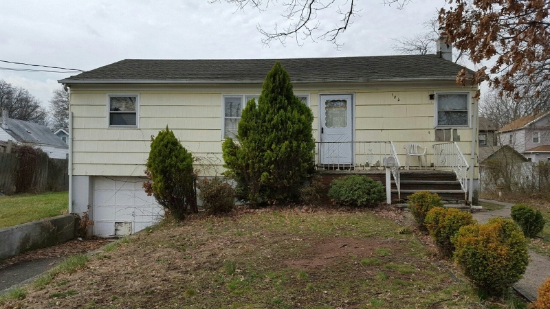 Additional photo for property listing at 182 Cavell Street  Roselle, New Jersey 07203 États-Unis