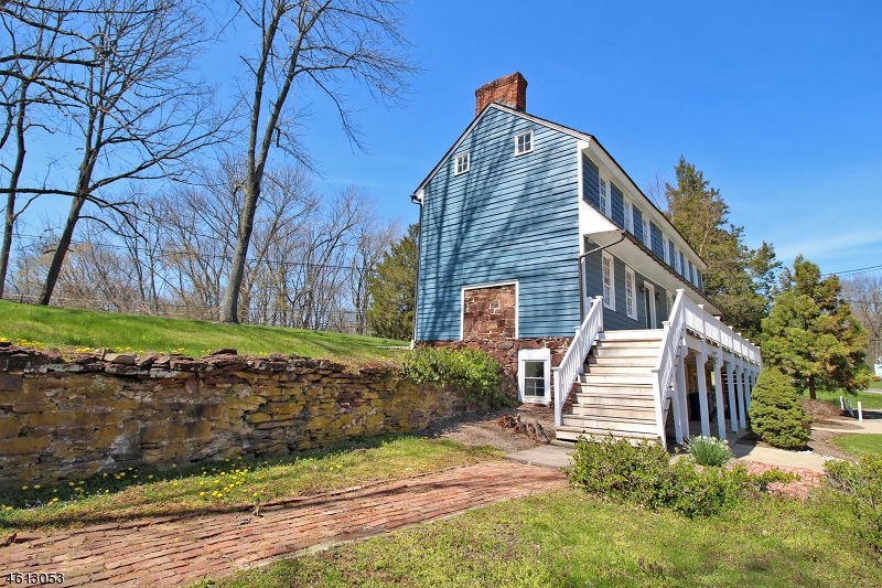 Additional photo for property listing at 1-2 Darts Mill Road  Readington, New Jersey 08822 États-Unis