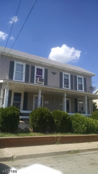 Additional photo for property listing at 60-62 W JOHNSTON Street  Washington, New Jersey 07882 États-Unis