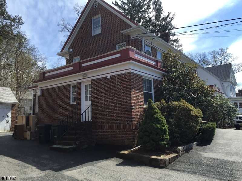 Additional photo for property listing at 714 Scotland Road  Orange, New Jersey 07050 États-Unis