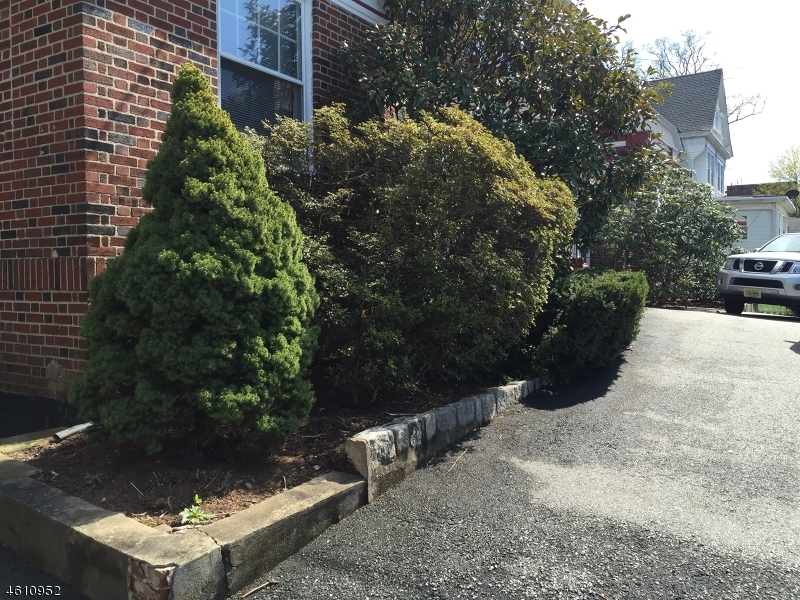 Additional photo for property listing at 714 Scotland Road  Orange, New Jersey 07050 United States