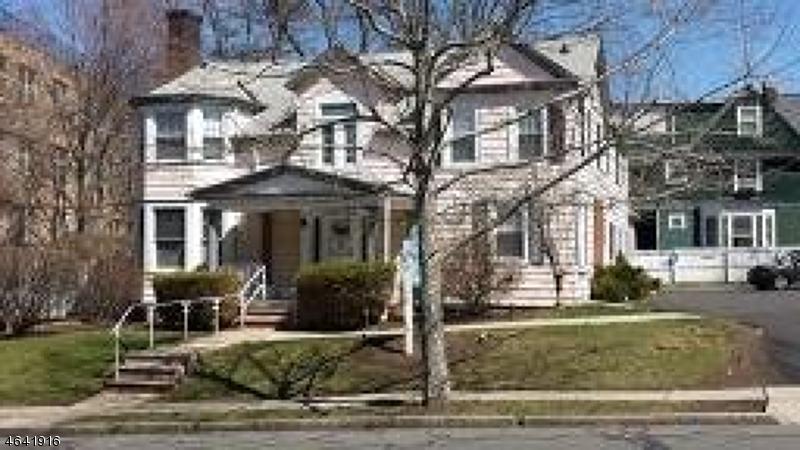 Maison unifamiliale pour l à louer à 179 Irvington Avenue South Orange, New Jersey 07079 États-Unis