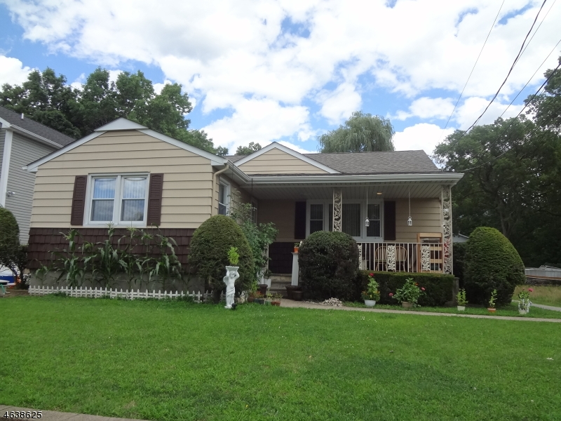Single Family Home for Sale at 555 Ryerson Road Lincoln Park, New Jersey 07035 United States