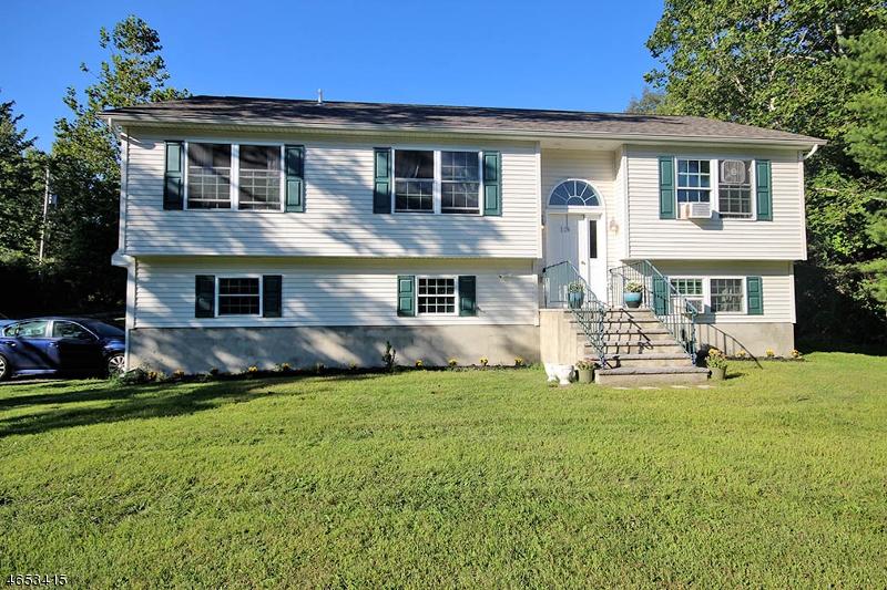 独户住宅 为 销售 在 124 Overlook Drive Montague, 新泽西州 07827 美国