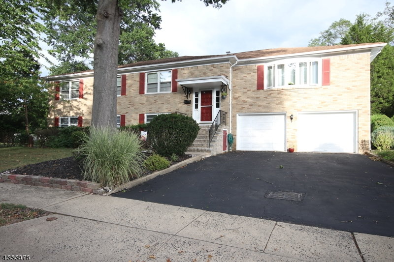 Single Family Home for Sale at 1124 Beechwood Avenue Middlesex, 08846 United States