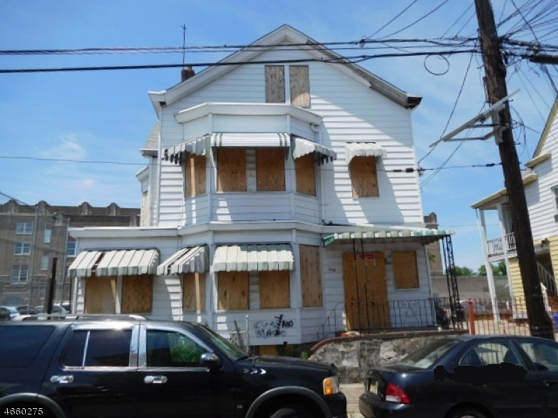 Additional photo for property listing at 418 ROSA PARKS BLVD  Paterson, Nueva Jersey 07501 Estados Unidos