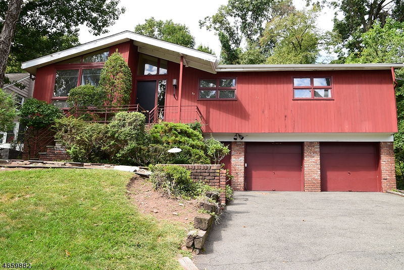 Additional photo for property listing at 73 Winding Way  West Orange, Nueva Jersey 07052 Estados Unidos