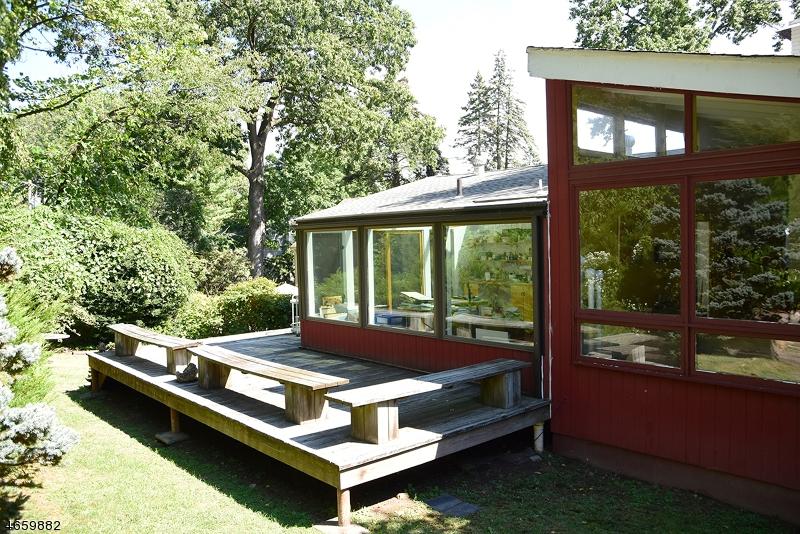 Additional photo for property listing at 73 Winding Way  West Orange, Нью-Джерси 07052 Соединенные Штаты