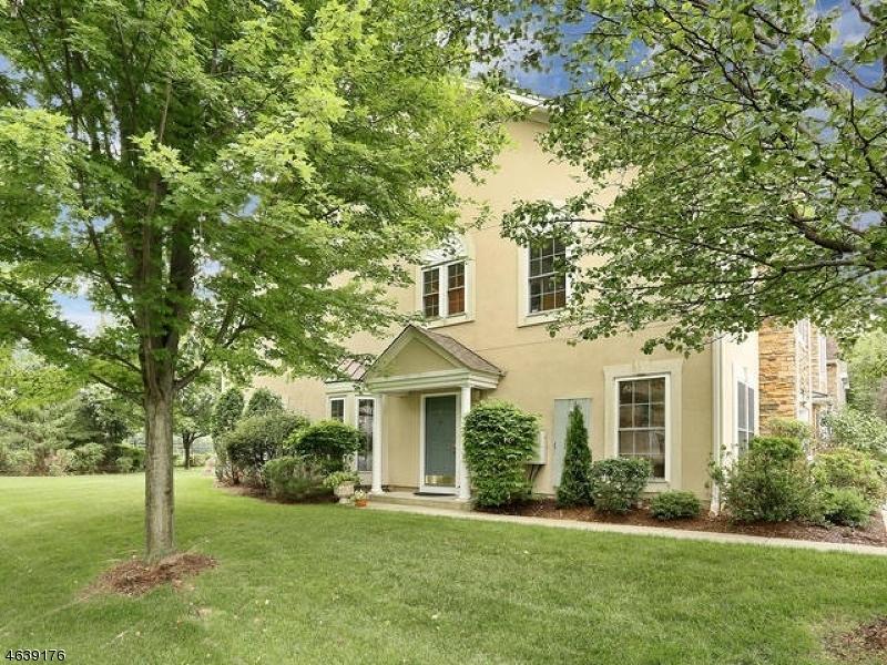 Maison unifamiliale pour l à louer à 27 Magnolia Way Haledon, New Jersey 07508 États-Unis
