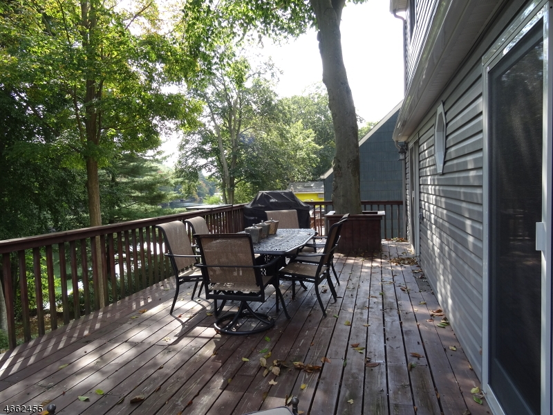 Additional photo for property listing at 239 Skyline Lakes Drive  Ringwood, Nueva Jersey 07456 Estados Unidos