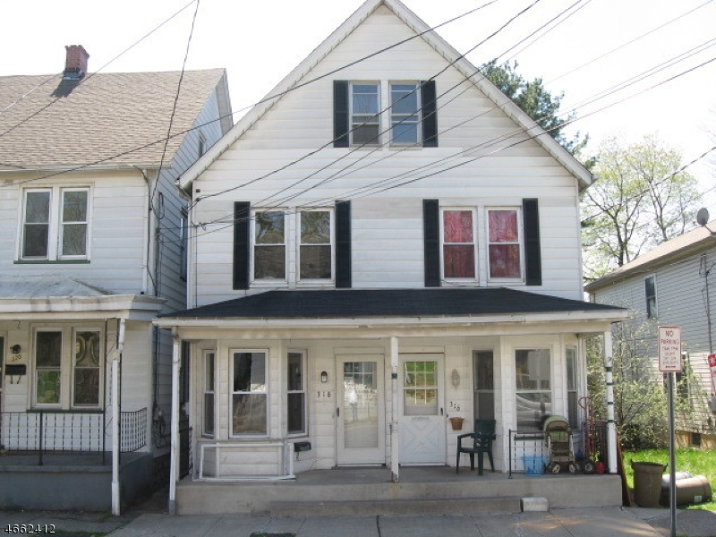 Single Family Home for Sale at 318 Warren Street Phillipsburg, New Jersey 08865 United States