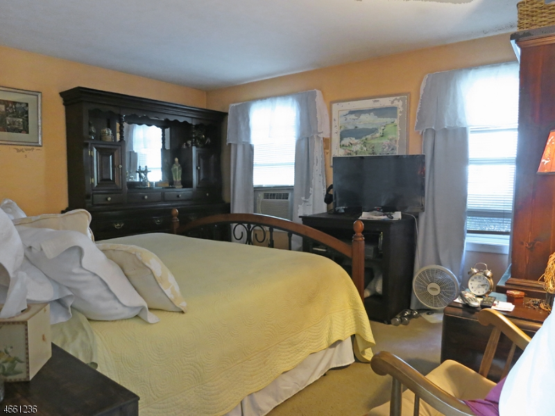 Additional photo for property listing at 4 Pleasant Road  High Bridge, New Jersey 08829 United States