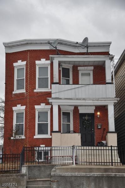 独户住宅 为 销售 在 35 Lanza Avenue Garfield, 07026 美国