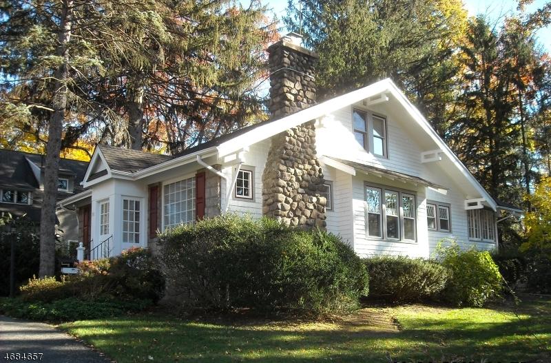 独户住宅 为 销售 在 88 Powell Road 阿伦达, 07401 美国