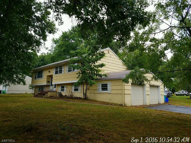 Maison unifamiliale pour l Vente à 158 Doretta Street Westwood, New Jersey 07675 États-Unis