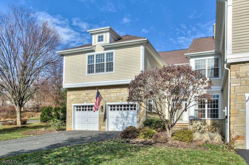 Casa Unifamiliar por un Venta en 402 LINDABURY LANE Pottersville, Nueva Jersey 07979 Estados Unidos