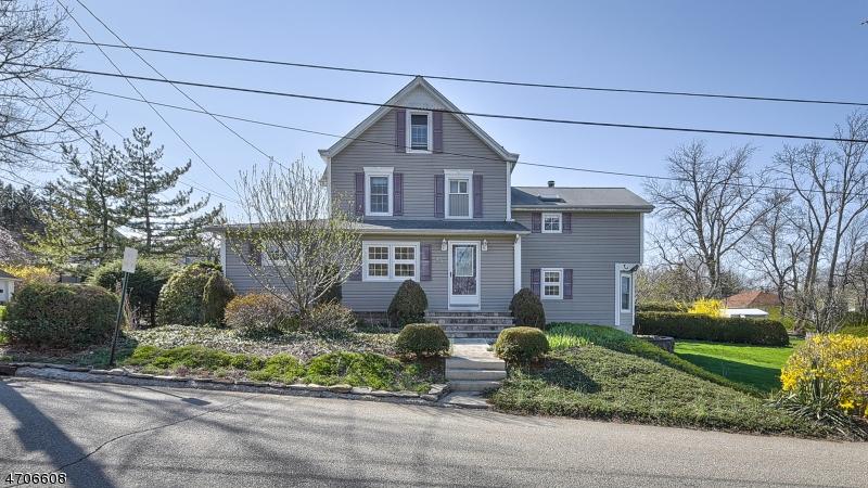 Casa Unifamiliar por un Venta en 45 Spring Street Butler, Nueva Jersey 07405 Estados Unidos