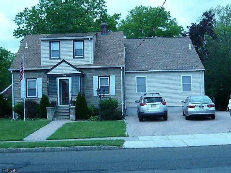 Частный односемейный дом для того Продажа на 650 Colfax Avenue Kenilworth, Нью-Джерси 07033 Соединенные Штаты