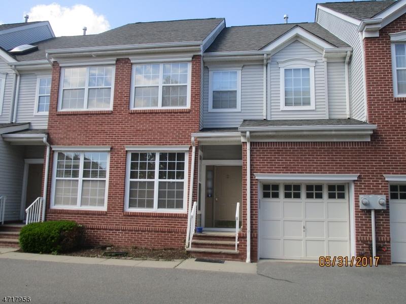 Casa Unifamiliar por un Alquiler en 27 Gordon Circle Parsippany, Nueva Jersey 07054 Estados Unidos