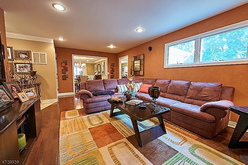 Additional photo for property listing at 46 Personette Avenue 46 Personette Avenue Verona, Νιου Τζερσεϋ 07044 Ηνωμενεσ Πολιτειεσ
