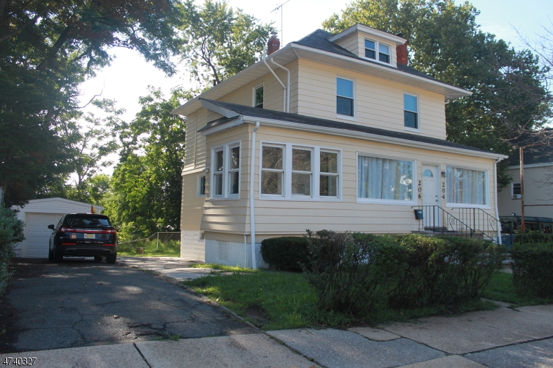 واحد منزل الأسرة للـ Sale في 204-206 WASHINGTON Avenue 204-206 WASHINGTON Avenue Belleville, New Jersey 07109 United States