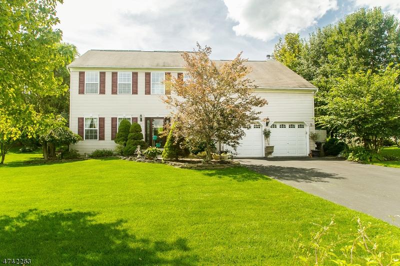 Частный односемейный дом для того Продажа на 6 Spring Mdw Oxford, Нью-Джерси 07863 Соединенные Штаты