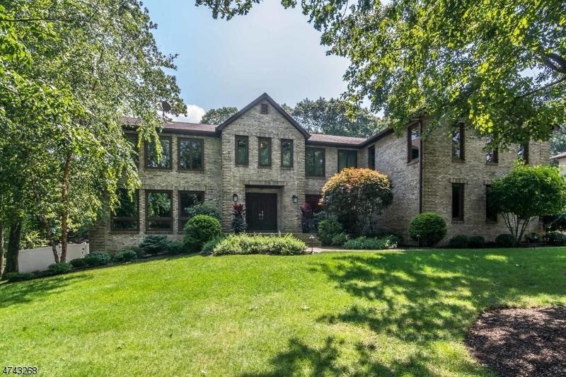 Maison unifamiliale pour l Vente à 9 PINNACLE PT Randolph, New Jersey 07869 États-Unis