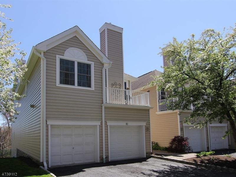 Частный односемейный дом для того Аренда на 80 Springholm Drive Berkeley Heights, Нью-Джерси 07922 Соединенные Штаты