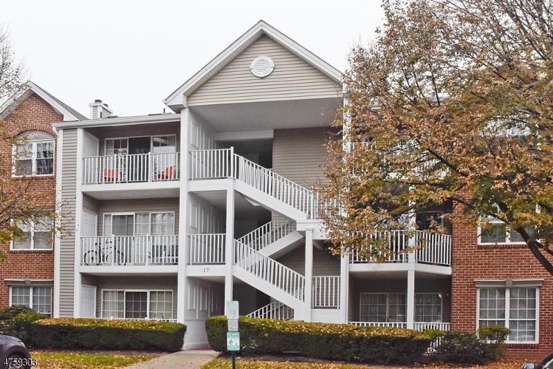 Nhà ở một gia đình vì Bán tại 1705 Breckenridge Drive Branchburg, New Jersey 08876 Hoa Kỳ