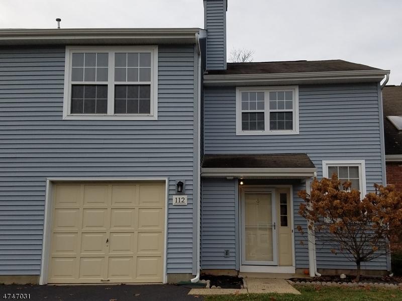 Частный односемейный дом для того Аренда на 112 Wisbech Place Franklin, Нью-Джерси 08873 Соединенные Штаты