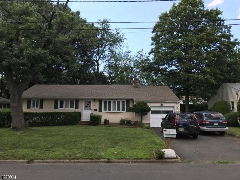 Einfamilienhaus für Verkauf beim 706 COOLIDGE Avenue 706 COOLIDGE Avenue North Plainfield, New Jersey 07063 Vereinigte Staaten