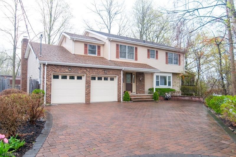 独户住宅 为 销售 在 243 Harding Blvd Matawan, 新泽西州 07747 美国