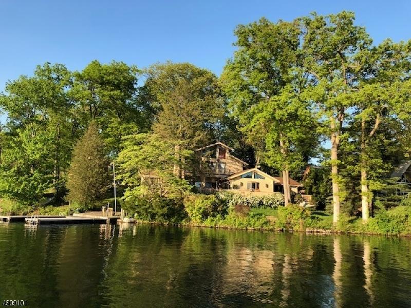 Casa Unifamiliar por un Venta en 45 ISLAND Trail Sparta, Nueva Jersey 07871 Estados Unidos