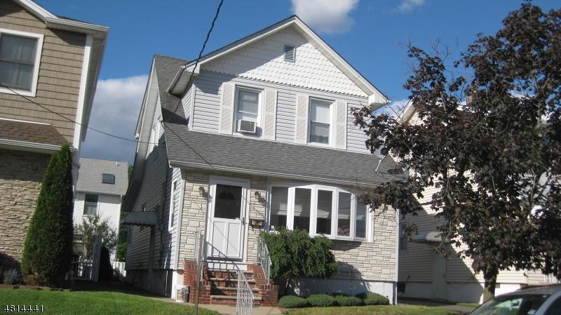 Частный односемейный дом для того Продажа на 181 TONTINE Avenue Lyndhurst, Нью-Джерси 07071 Соединенные Штаты