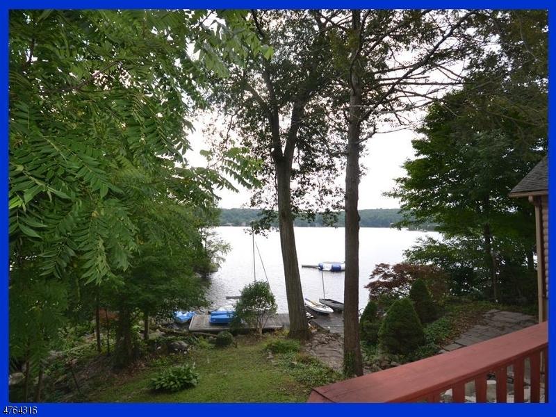 Einfamilienhaus für Verkauf beim 2114 LAKESIDE DR WEST Vernon, New Jersey 07422 Vereinigte Staaten