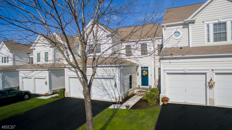 Кондо / дом для того Продажа на 141 INDEPENDENCE Trail Totowa, Нью-Джерси 07512 Соединенные Штаты