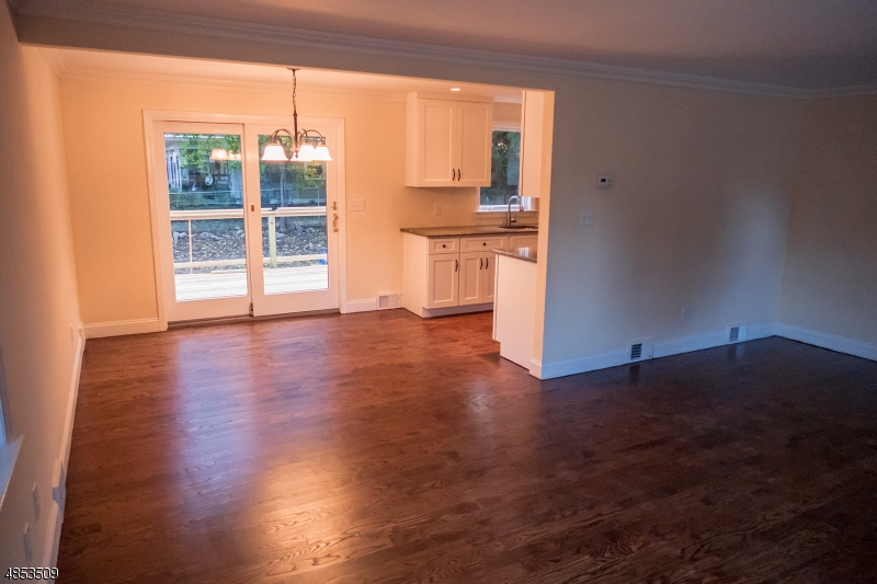 Single Family Home for Sale at 3 COLONIAL Road Midland Park, New Jersey 07432 United States