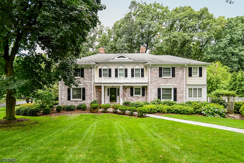 Single Family Home for Sale at 51 Greenbriar Drive 51 Greenbriar Drive Summit, New Jersey 07901 United States