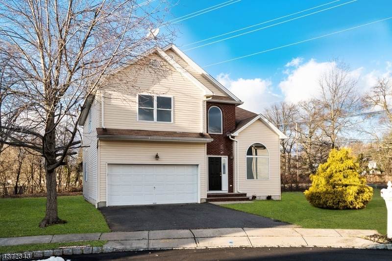 Single Family Home for Sale at 11 COTTAGE WAY Fanwood, New Jersey 07023 United States
