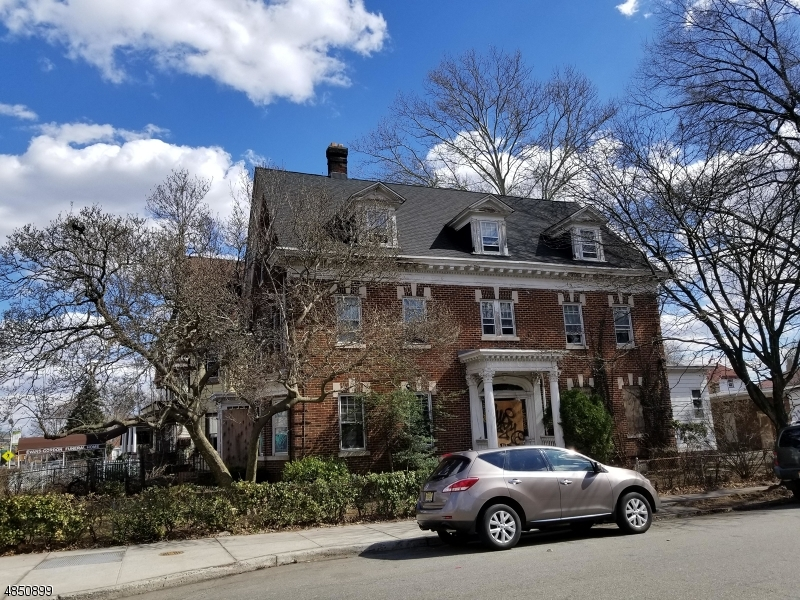 Additional photo for property listing at 742 CLINTON Avenue  Newark, New Jersey 07108 United States