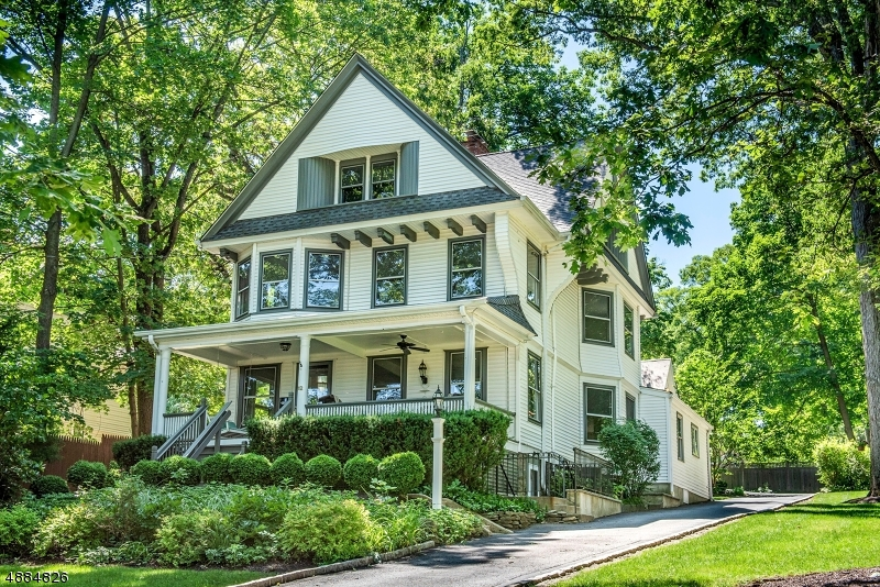 Multi-Family Homes for Sale at Summit, New Jersey 07901 United States