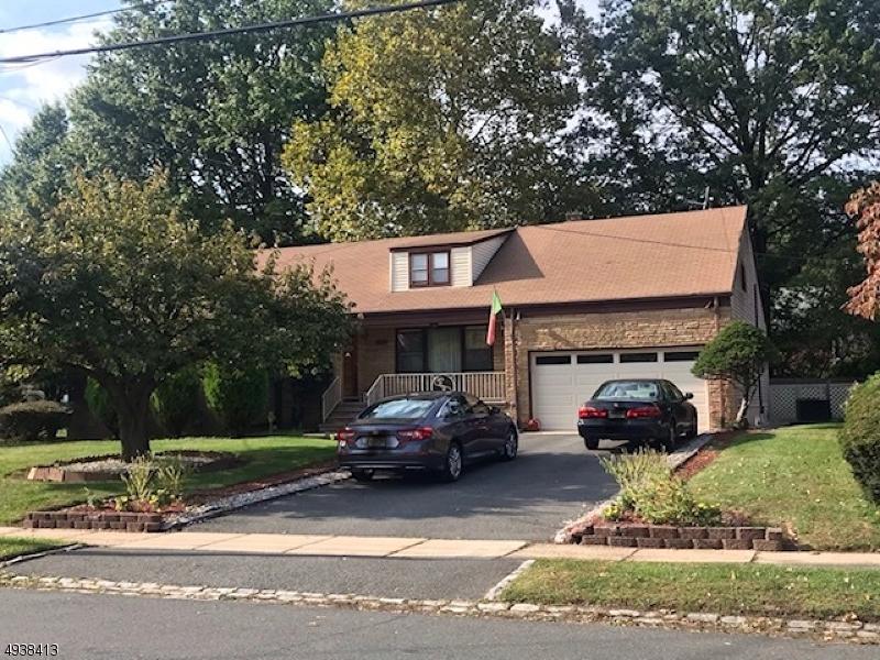 Single Family Homes pour l Vente à Hillside, New Jersey 07205 États-Unis