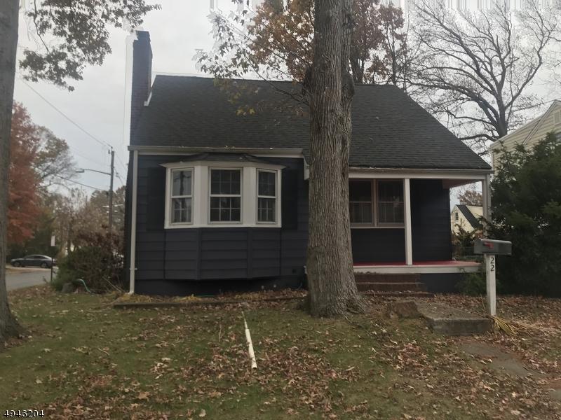 Single Family Homes para Alugar às Woodbridge, Nova Jersey 07001 Estados Unidos