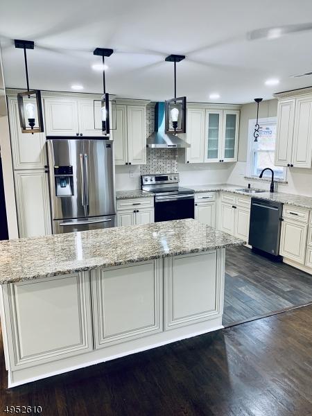 Single Family Homes のために 売買 アット Independence Township, ニュージャージー 07840 アメリカ
