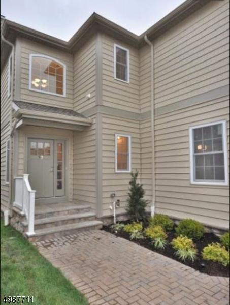 Condo / Townhouse voor Huren op Millburn, New Jersey 07041 Verenigde Staten