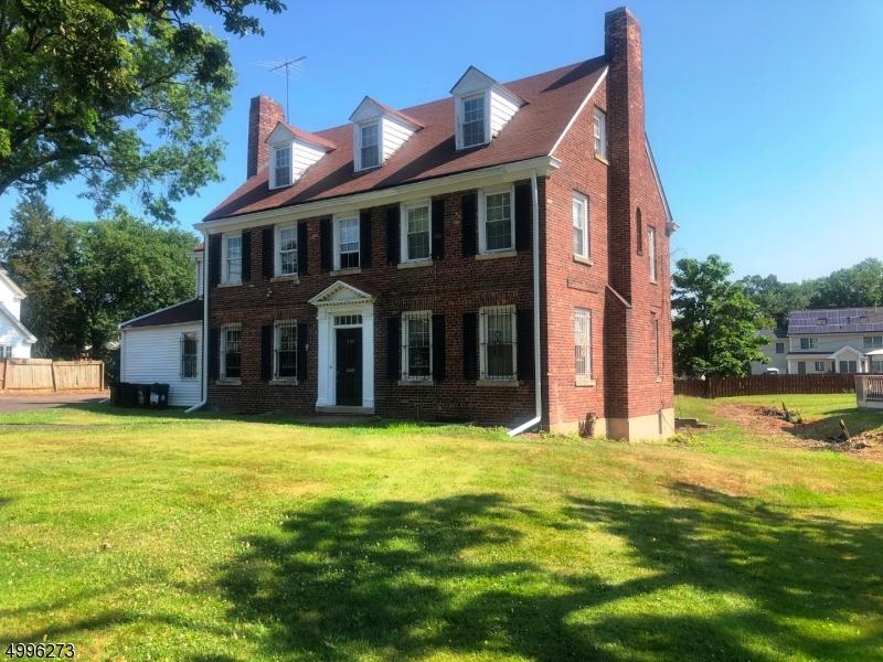 Single Family Homes için Satış at East Orange, New Jersey 07017 Amerika Birleşik Devletleri