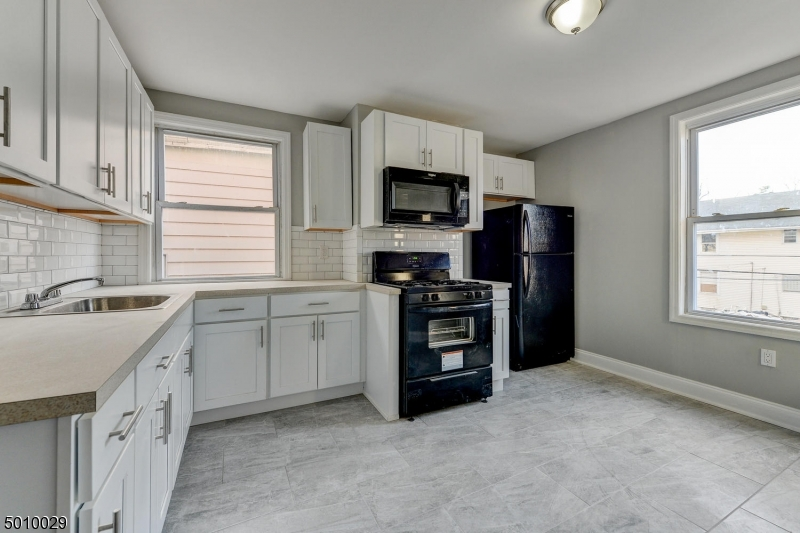 Multi-Family Homes por un Venta en East Orange, Nueva Jersey 07018 Estados Unidos