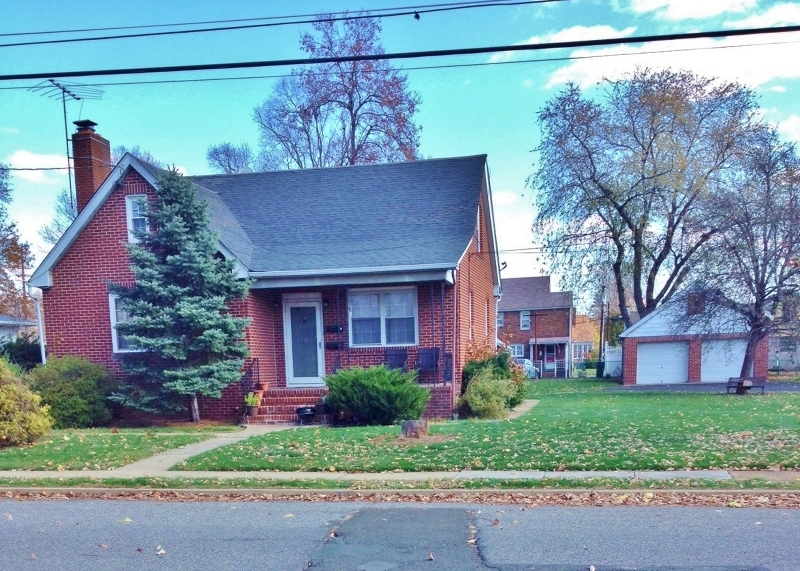 Additional photo for property listing at 100 2nd Avenue  Raritan, New Jersey 08869 États-Unis