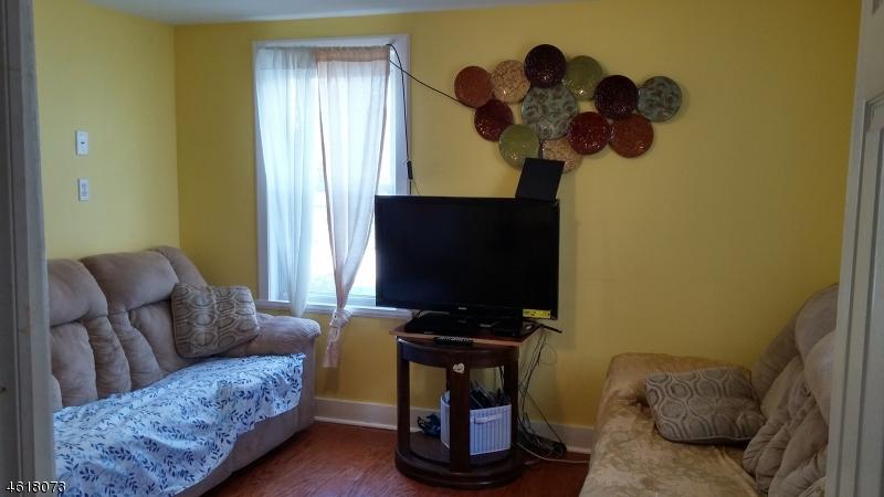Additional photo for property listing at 57 Spring Street  Bloomfield, Нью-Джерси 07003 Соединенные Штаты