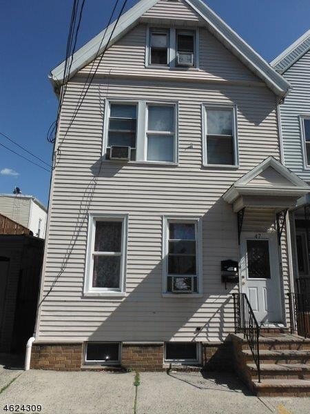 Additional photo for property listing at 47 ANN Street  Newark, Нью-Джерси 07105 Соединенные Штаты
